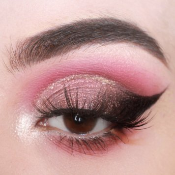 Eyelook by Flaw Decay