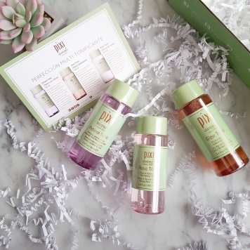 Pixi_Glow_Retinol_Rose_Tonic_Review(3)