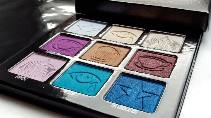 Mini Controversy palette - Jeffree Star Cosmetics x Shane Dawson close-up