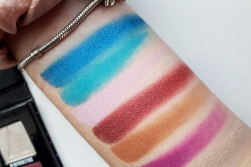 Swatches from the Mini Controversy Palette